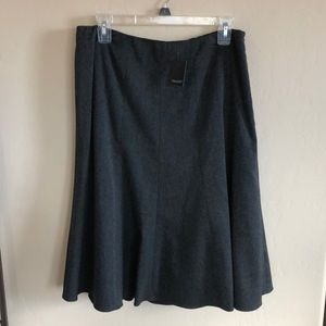 ❄️❄️❄️NWT TAHARI Gray Suit Skirt Separate